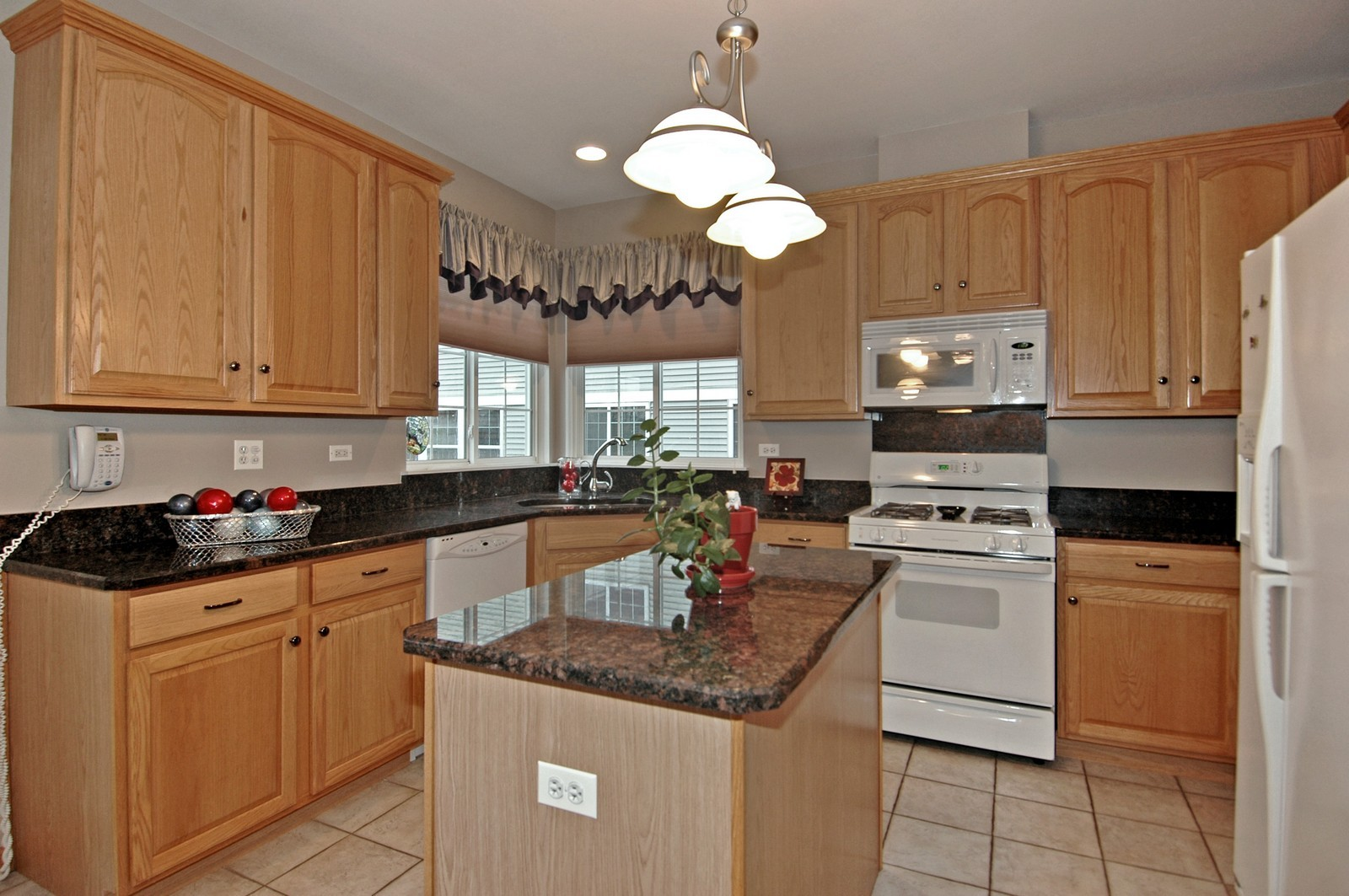 Real Estate Photography - 10943 Concord, Huntley, IL, 60142 - Kitchen - Full View