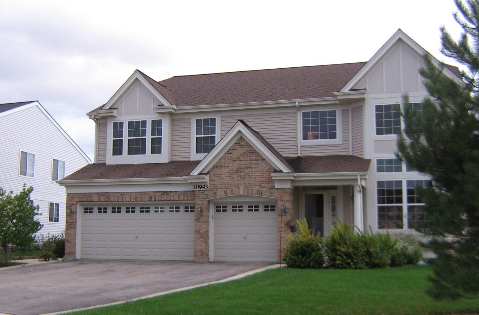 Real Estate Photography - 10943 Concord, Huntley, IL, 60142 - Front View