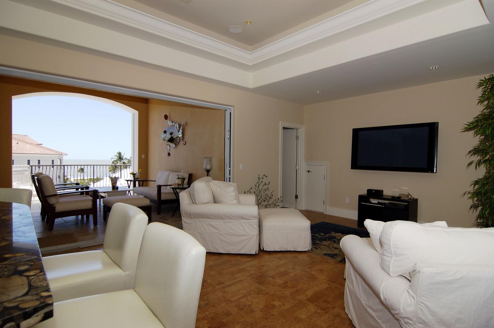 Real Estate Photography - 222 Barefoot Beach Blvd, Bonita Springs, FL, 34134 - 1st Floor