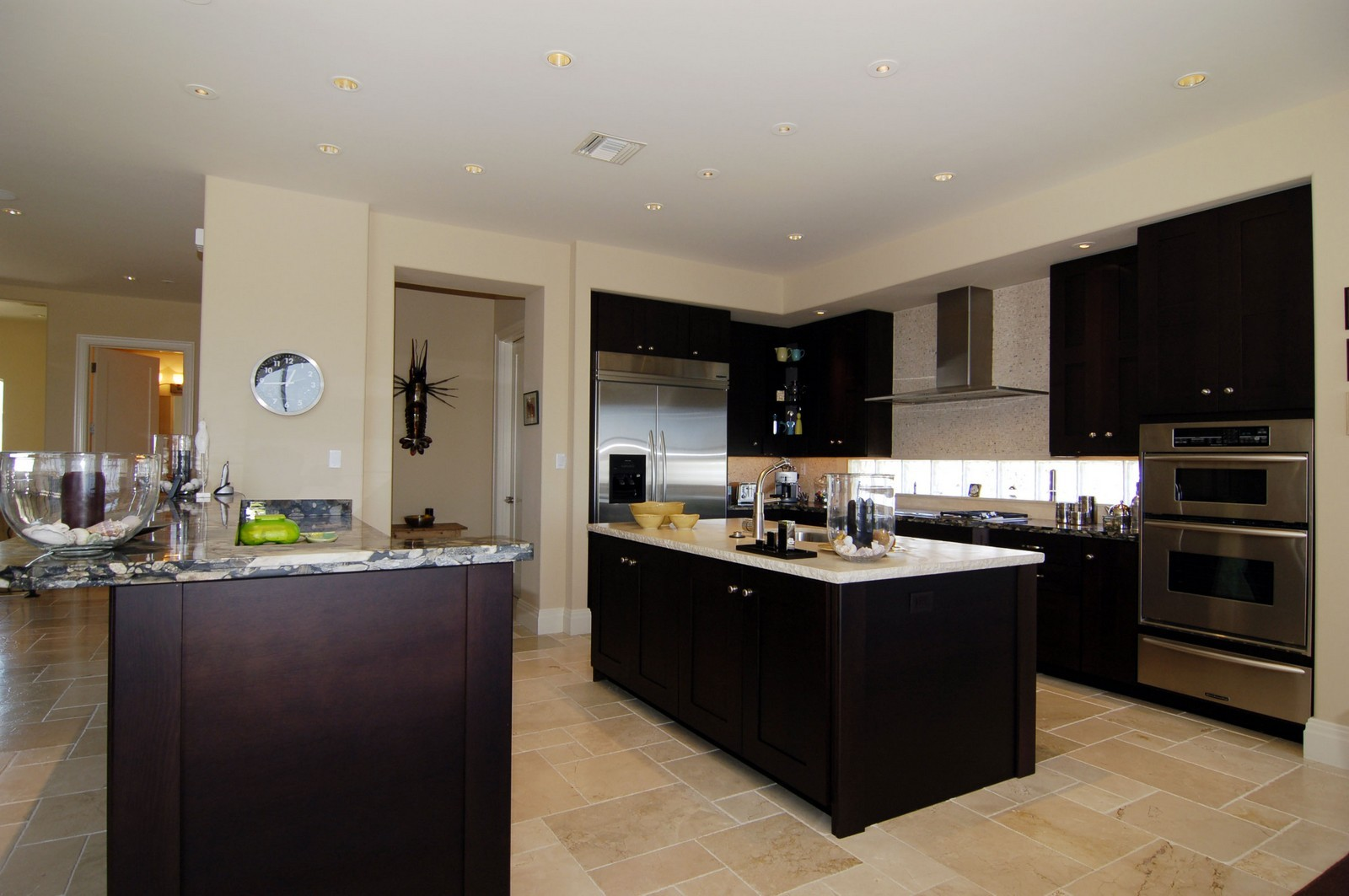 Real Estate Photography - 222 Barefoot Beach Blvd, Bonita Springs, FL, 34134 - Kitchen