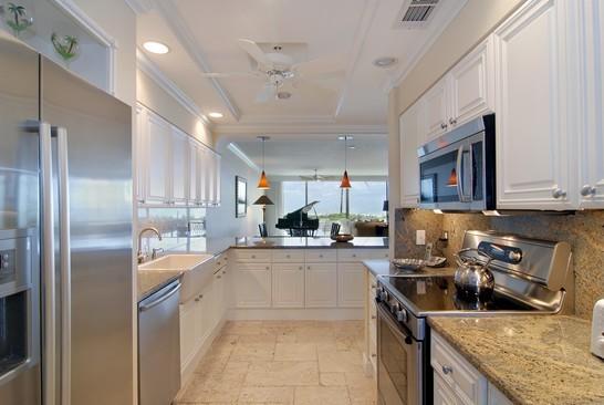 Real Estate Photography - 2001 SE Sailfish Blvd, Unit 116, Stuart, FL, 34496 - Kitchen