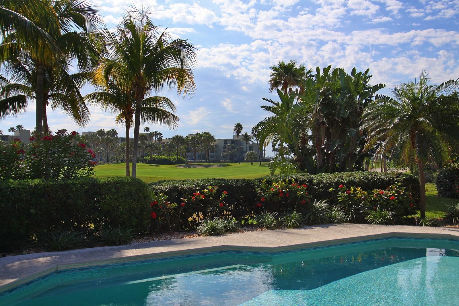 Real Estate Photography - 6930 SE Lakeview Ter, Stuart, FL, 34996 - Pool