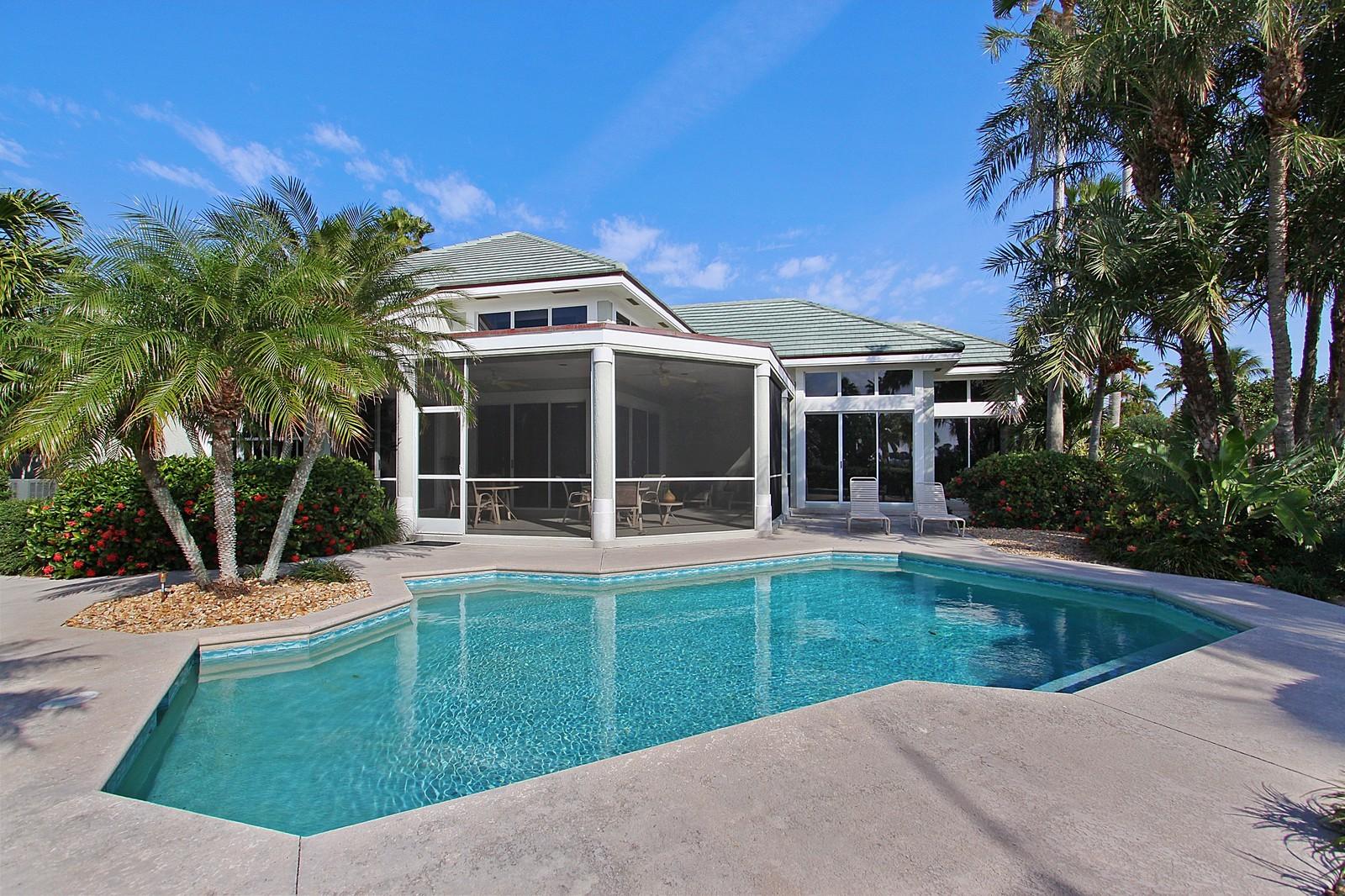 Real Estate Photography - 6930 SE Lakeview Ter, Stuart, FL, 34996 - Rear View