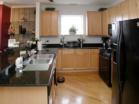 Real Estate Photography - 2358 W Bloomingdale, Unit 4W, Chicago, IL, 60647 - Kitchen