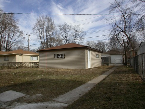 Real Estate Photography - 14637 S Kimbark, Dolton, IL, 60419 - Back Yard