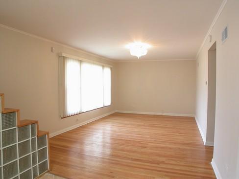 Real Estate Photography - 14229 Dobson, Dalton, IL, 60419 - Living Room