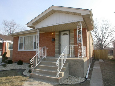 Real Estate Photography - 14229 Dobson, Dalton, IL, 60419 - Front View