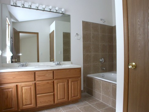 Real Estate Photography - 37 Crab Tree Ln, Westmont, IL, 60559 - Master Bathroom
