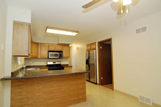 Real Estate Photography - 15045 Chicago Rd, Dalton, IL, 60419 - Kitchen
