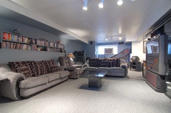 Real Estate Photography - 6519 S Ingleside, Chicago, IL, 60637 - Family Room