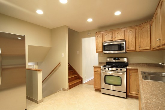 Real Estate Photography - 14519 Sanderson, Dolton, IL, 60419 - Kitchen